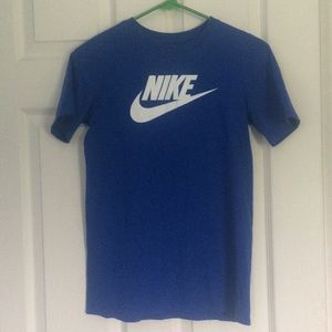 Nike blue spell out boys short sleeve tee shirt